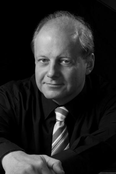 Wolfgang Manz
